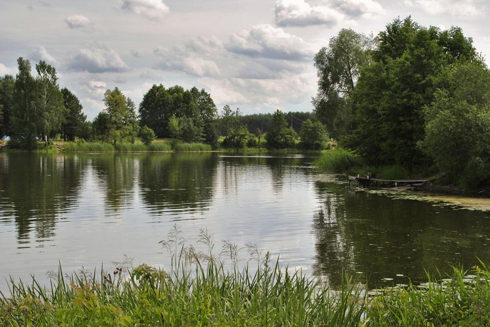 Зеркальный пруд (Золотое озеро)