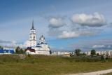 Вид на церковь Петра и Павла в Североуральске