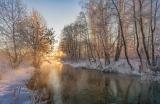 Солнце и река