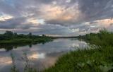 Рассвет над рекой